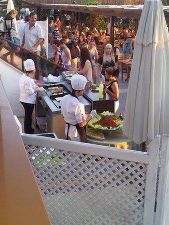 Atlantique Holiday Club: Evening Dinner