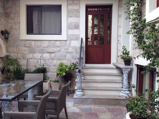 Villa Ivana: Wejście do apartamentu