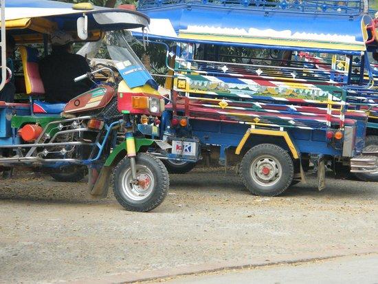 Old Quarter Luang Prabang : Colourful tuktuks