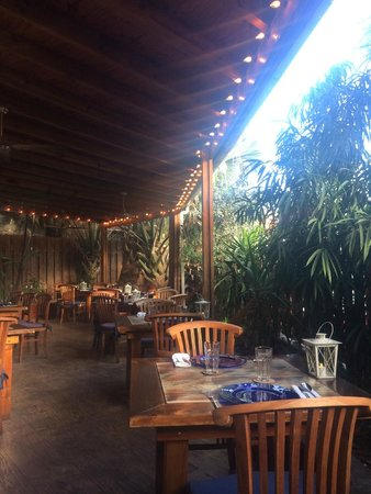 Yemanja Woodfired Grill: Outdoor Seating