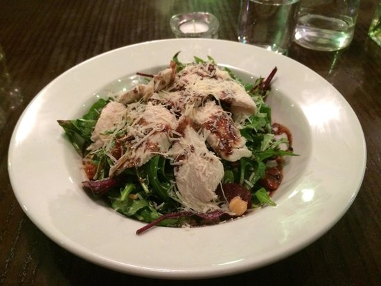 Riva Brasserie: House salad with grilled chicken