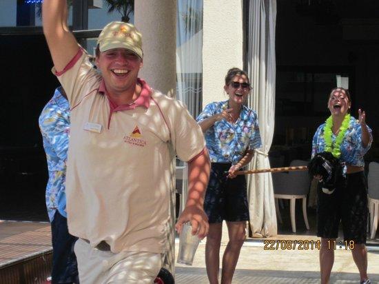 Atlantica Golden Beach Hotel: fun & games