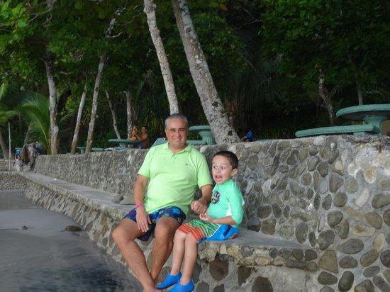 Hotel & Club Punta Leona: Yeyo y nieto David.
