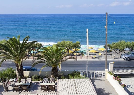 Tylissos Beach Hotel: view from our terrace