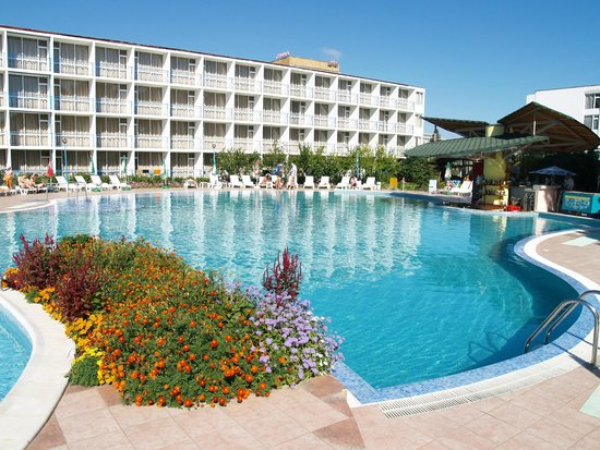 Balaton Hotel: Love the pool