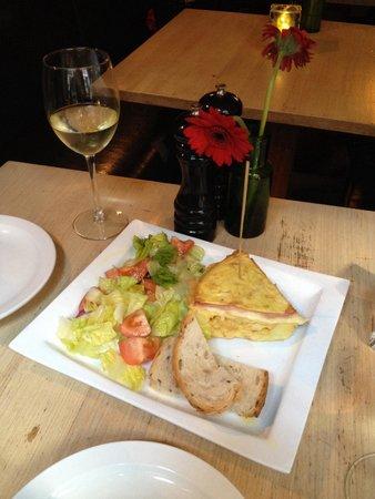 Restaurant Olivar: Frittatona per antipasto