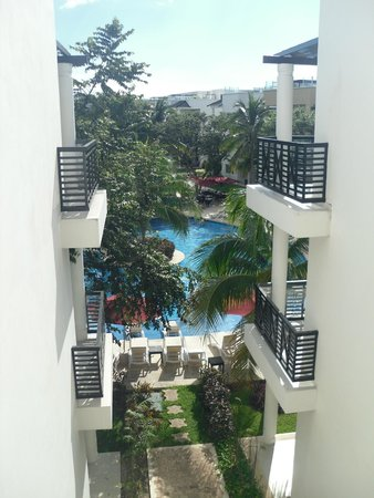 Azul Beach Resort The Fives Playa Del Carmen: view of pool