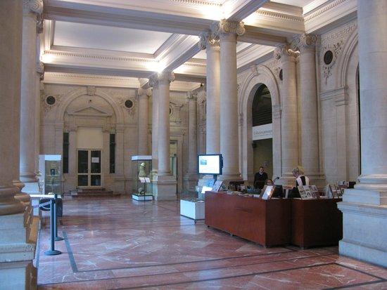 Musée d'Aquitaine : Hall de Acceso