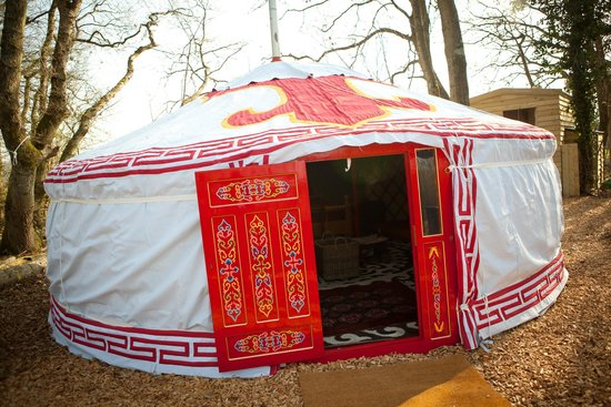 Sopley Lake Yurt Camp: Dragon Yurt