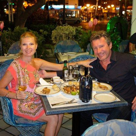 Restaurante El Capuchino 501: Lovely outdoor seating; an enjoyable environment.