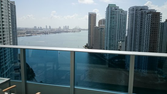 EPIC Hotel - a Kimpton Hotel: Waterview from balcony