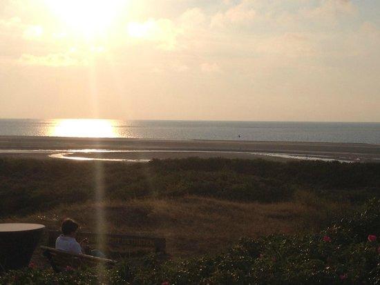 Strandhalle: Sonnenuntergang