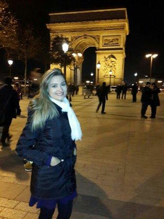 Arc de Triomphe : Lindo!!