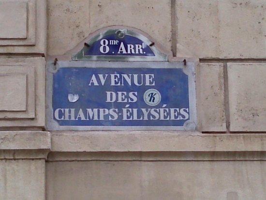 Champs-Élysées : Avenue...
