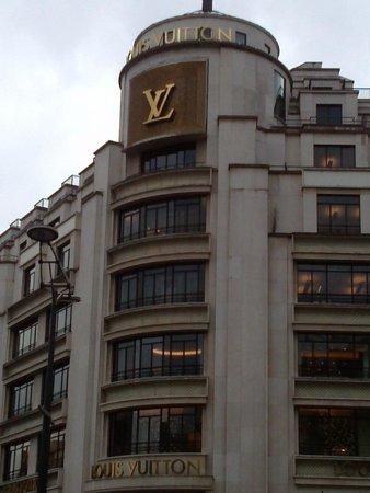 Champs-Élysées : Louis Vitton