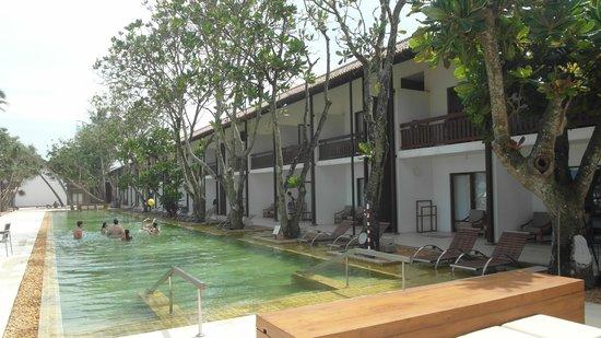 Pandanus Beach Resort & Spa : Pandanus Beach Resort - pool