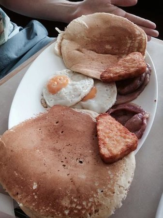 Roadhouse The Diner: full breakfast