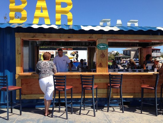 Scales Grill & Deck Bar: Scales outdoor Bar