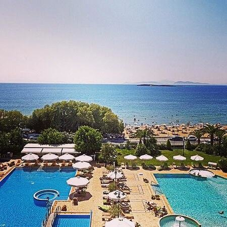Divani Apollon Palace & Thalasso: Lovely view and pools!