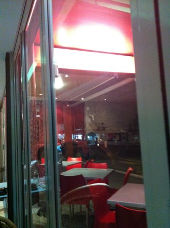 Malabar Restaurant : Night lights