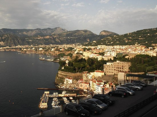 Minerva Hotel: View from balcony