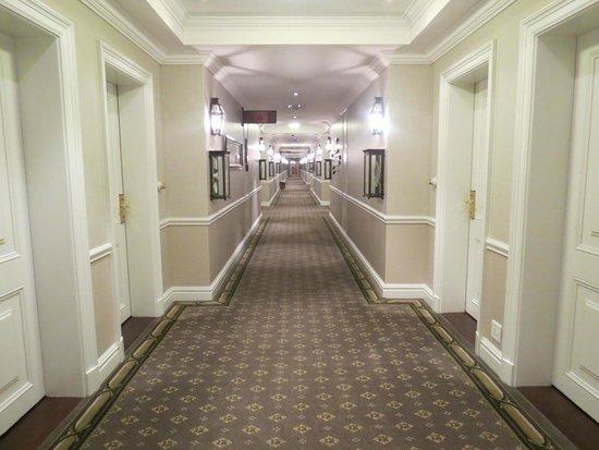 Cape Grace: Corridor