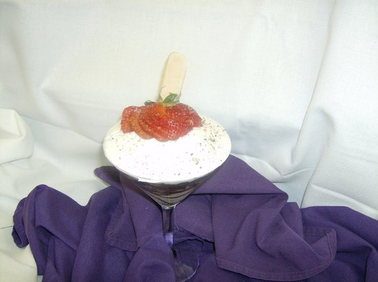 Hilton Fort Collins: Anniversary dessert