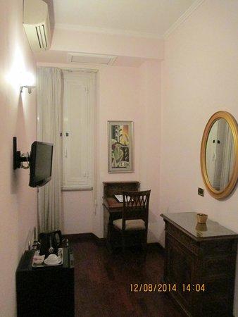 Hotel Sant'Angelo : La chambre simple