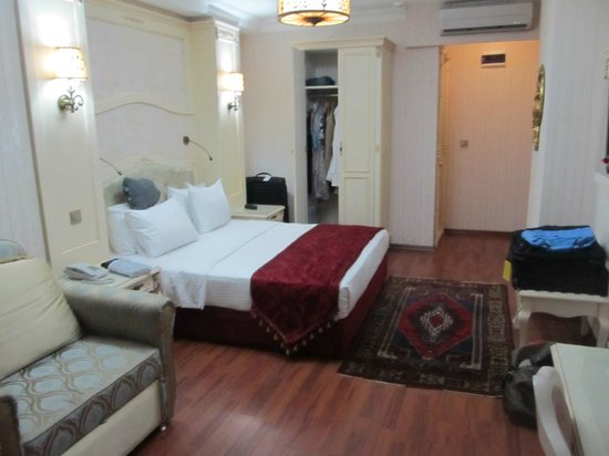 Muyan Suites: Typical bedroom