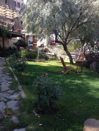 Kelebek Special Cave Hotel: Garden