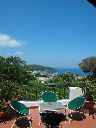 Hotel Pensione Monti: Daytime view from the hotel terrace to Lacco Ameno & harbour
