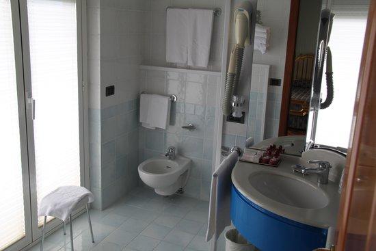 Grand Hotel Primavera : Bathroom