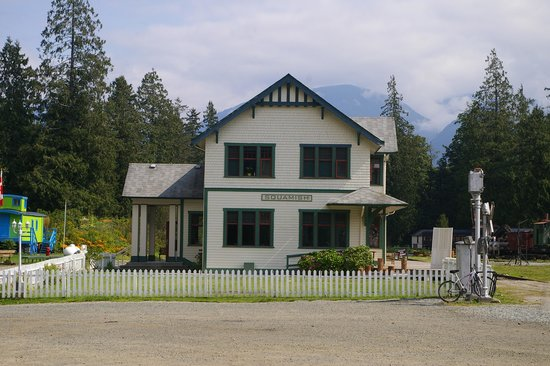 West Coast Railway Heritage Park : old station house