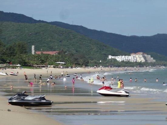 Yalong Bay
