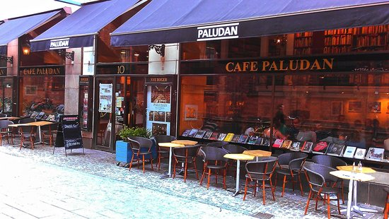 Paludan's Book & Cafe: View from the front