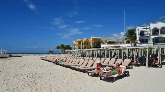 The Royal Playa del Carmen: Strand
