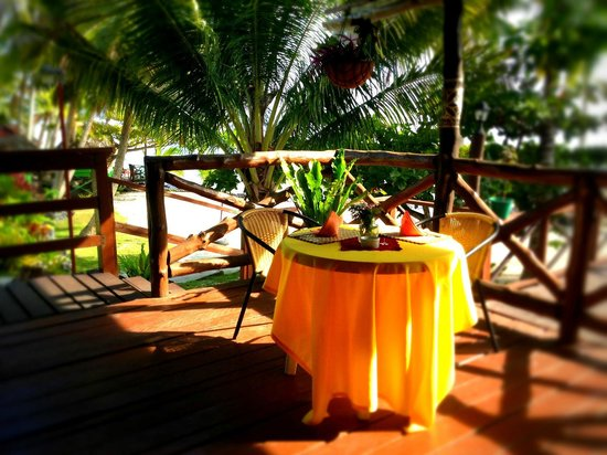 Va-i-Moana Seaside Lodge: OUR FAVOURITE TABLE