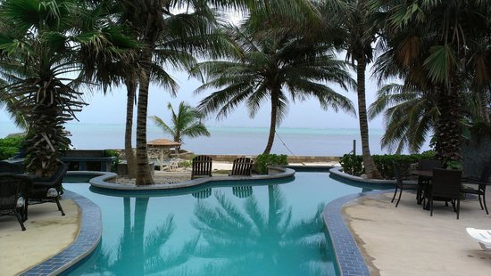 The Landings at Tres Cocos: The pool with magnetic pull... say THAT 5 times fast.