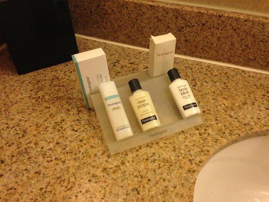 Hilton Garden Inn New York/Tribeca : Artículos de baño