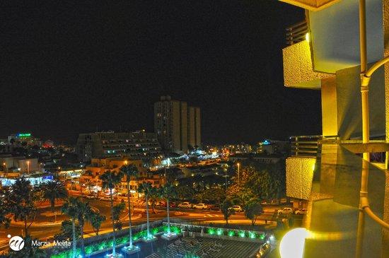 Hotel Olé Tropical: Vista panoramica di hotel limitrofi e spiaggia