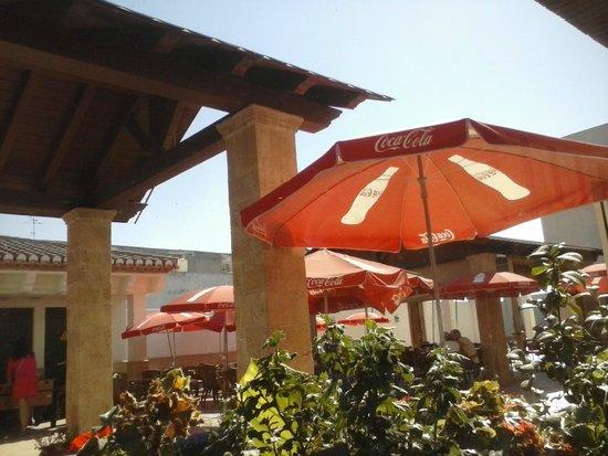 Hotel El Doncel: terraza