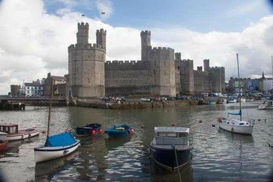 Caernarfon Castle : castle