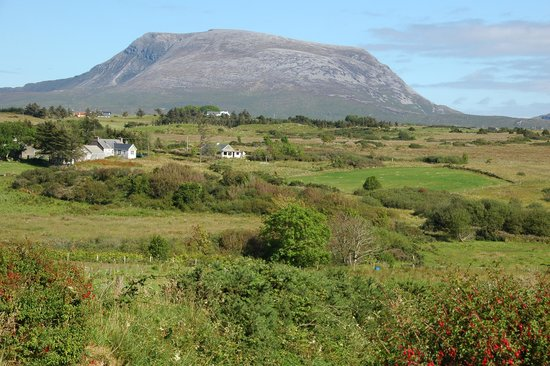 Ostan Loch Altan: Muckish Mountain