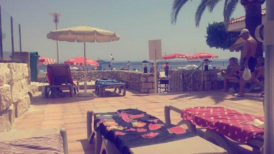 Sol Beach House Mallorca: Salida a la playa