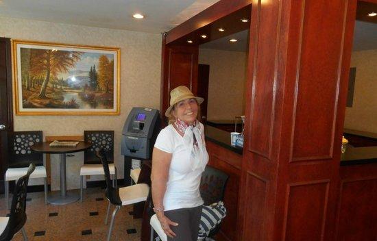 Econo Lodge Times Square : um dia feliz no hotel