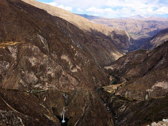 Cotahuasi River Canyon: Mirador huascane pampamarca