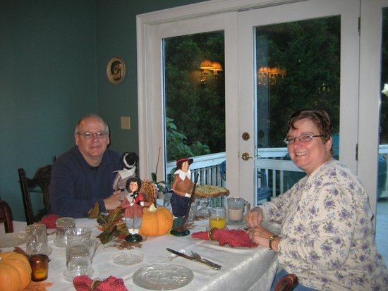 Above the Bay at Thornton Adams Bed and Breakfast: Breakfast (the 1st visit) made special for our anniversary.