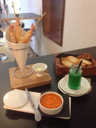 Gastrobar Mnh Armando Saldanha: Almogrote, langostinos