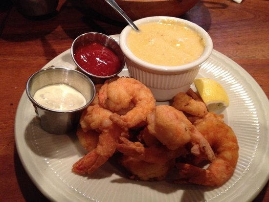 Crabdaddy's Seafood Grill : Fried Shrimp and Cheese Grits