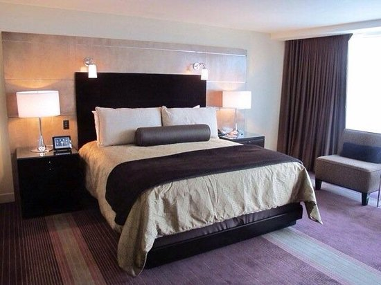 ARIA Resort & Casino: Room during the day.
